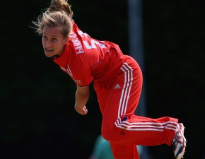 Farrant dazzles on England Women's debut