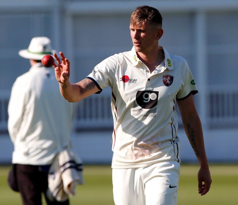 Podmore career-best as bowlers shine at Nevill Ground
