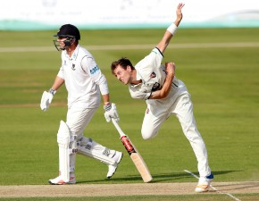 Henry stars as Kent defeat Sussex