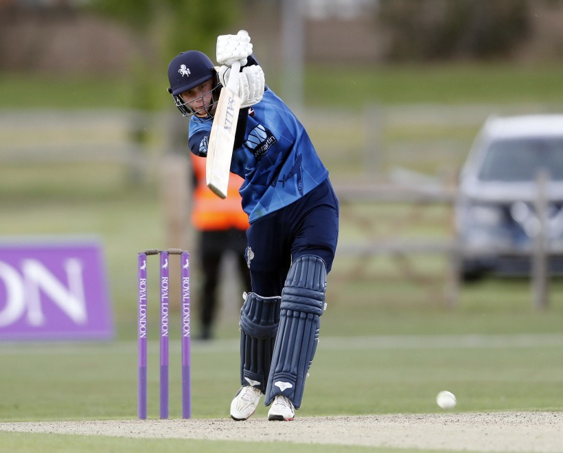 Cox hits 135 in Second XI win