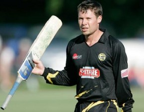 Jones top scores in Spitfires T20 win