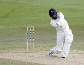 Kent fight back after Tea on Day One
