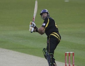 Spitfires lose first T20 match of the season