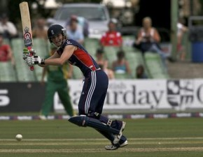 Edwards awarded MBE for services to cricket