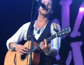 James Morrison concert hits the high notes