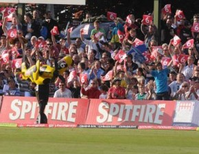 Kent v Surrey – now a reduced overs match