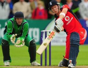Denly stars on debut as England edge past Ireland
