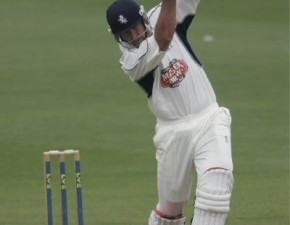Kent close in on seventh championship win of the summer