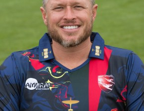 Claydon: T20 bowlers can be heroes or zeroes