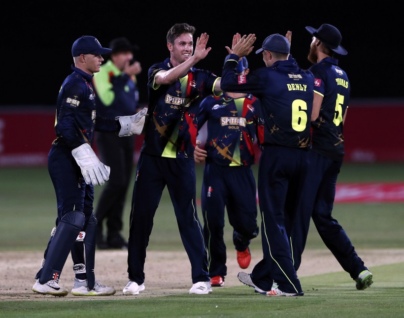 Milne and Billings shine as Kent outclass Essex