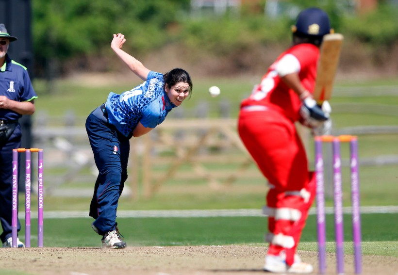 Kent Women stars awarded England contracts