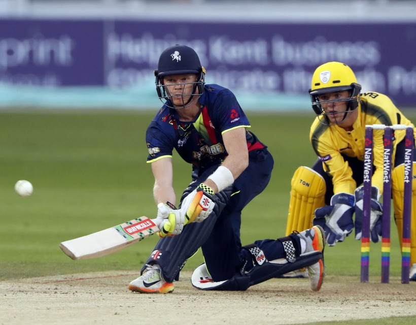 Billings extends Kent contract