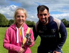Kent Women's Coach Visits Cowdrey CC