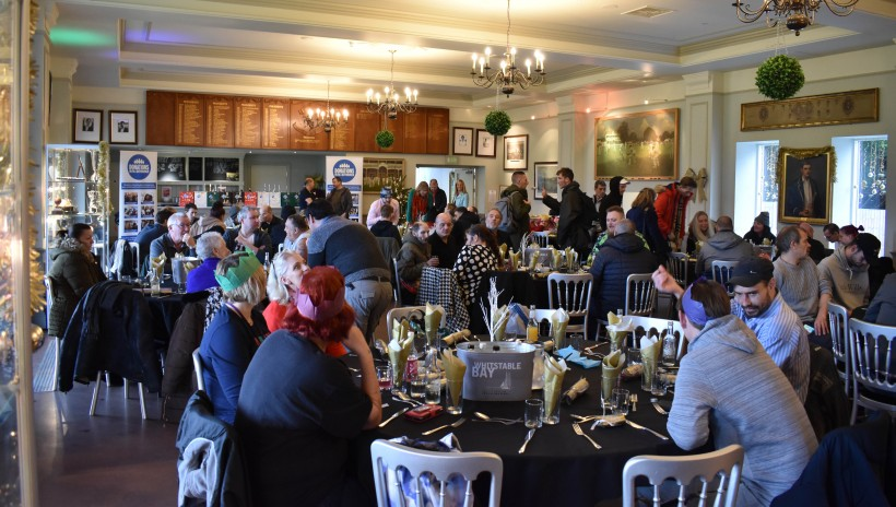 Club hosts annual Porchlight Christmas Lunch