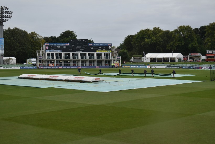 Sussex match another victim to rain