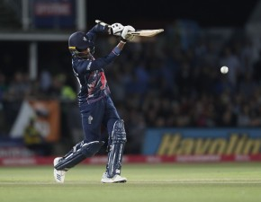 Kent defeat Leicestershire in high-scoring Quarantine Cup clash