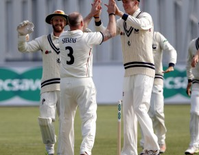 Stevens strikes as 18 wickets fall on day 2