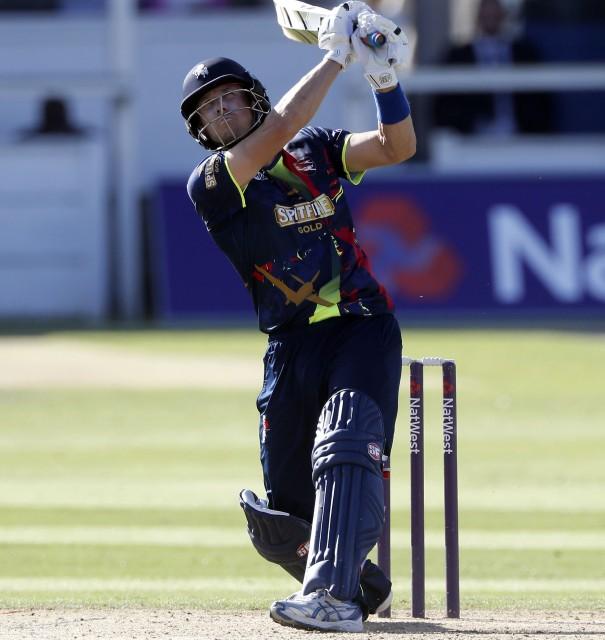 Denly is top scorer in T20 Blast