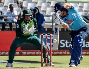 Denly records new ODI high score