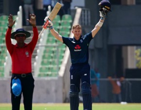 Billings scores unbeaten ton for England Lions