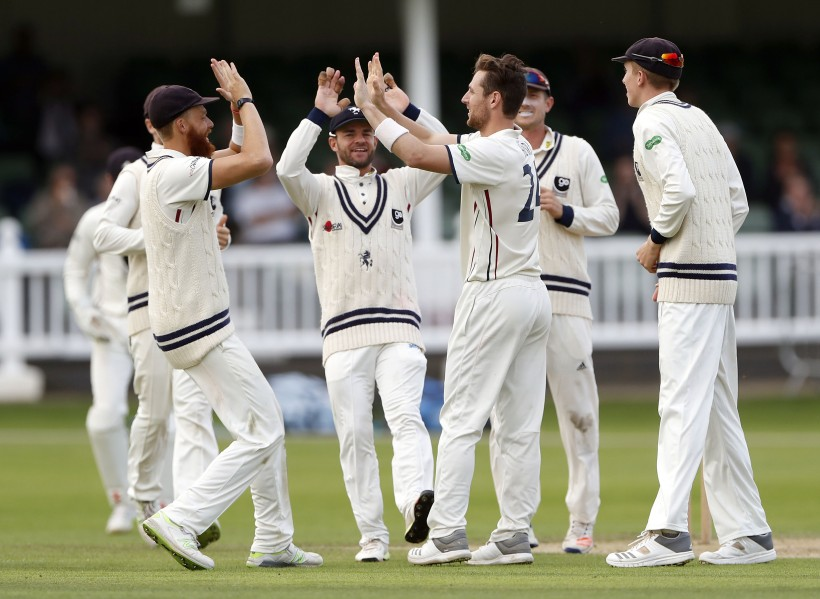 Henry finishes with 11 wickets as Kent power on