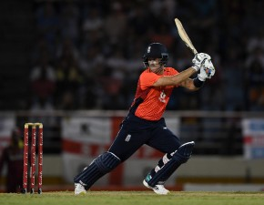Billings and Denly help secure England victory