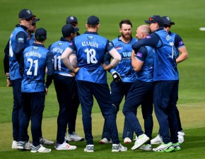 Injury-hampered Spitfires downed by Somerset