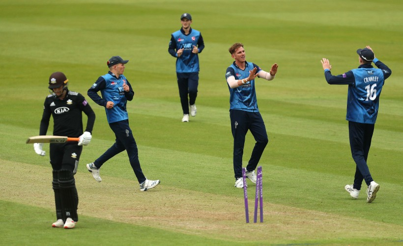 Bowlers batter Surrey in One-Day Cup