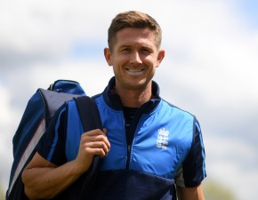 Denly awarded England White Ball deal