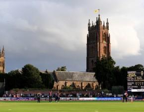 Banton century helps Somerset beat Kent