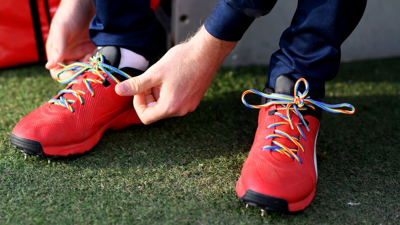 Spitfires to continue Rainbow Laces campaign support