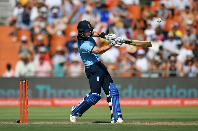 Denly to join England white-ball training group