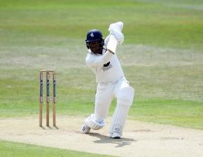 Bell-Drummond extends Kent contract
