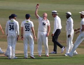 Bryce & Stevens win top prizes at Spitfire Kent Cricket Awards