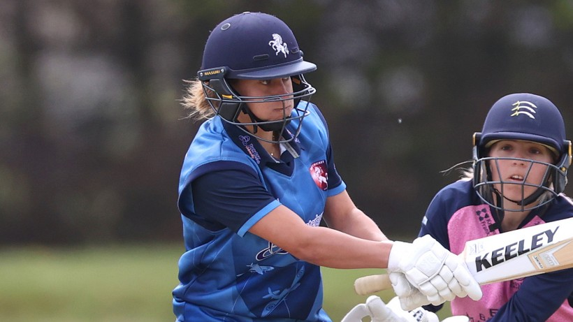 Farrant, Beaumont & Wilson in England Test squad
