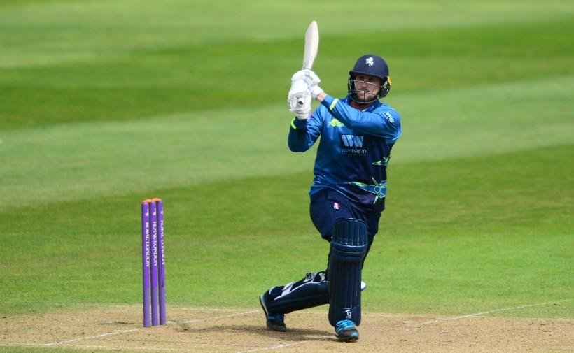 Blake commits future to Kent Cricket