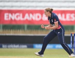 Kent duo help England reach Women's World Cup final