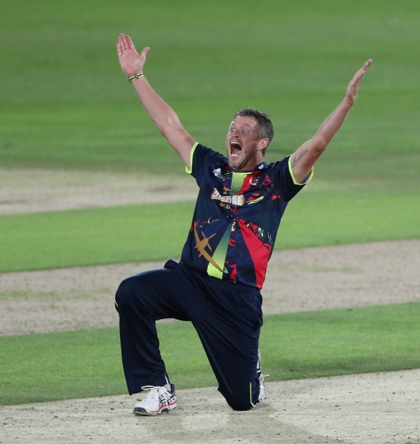 Spitfires bow out to Surrey