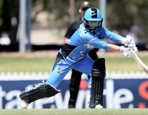 Beaumont hits 50 in WBBL semi