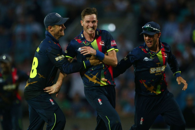 Milne re-signs for third consecutive Vitality Blast