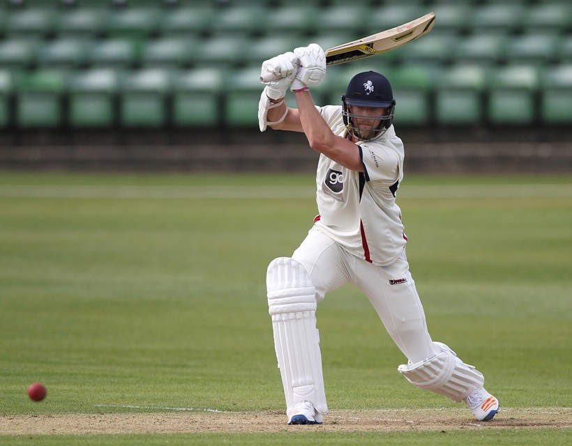 Haggett hits superb century for second XI