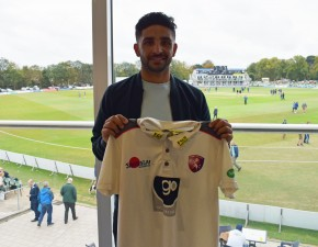 Qadri signs for Kent