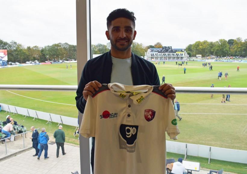 Qadri signs for Kent