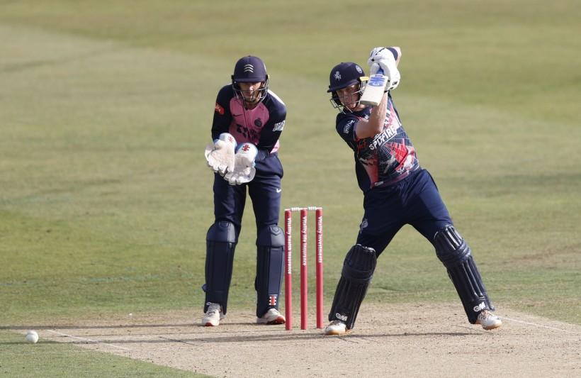Spitfires defeated despite fightback