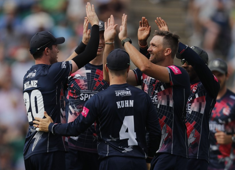 Kent win in another Hampshire thriller