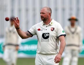 Stevens bags five as Kent crush Glamorgan