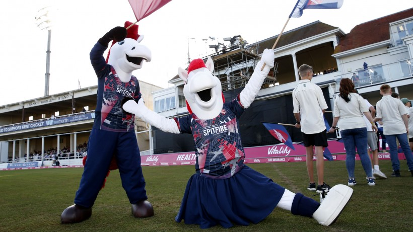 Support Victa and Victoria in charity mascot race