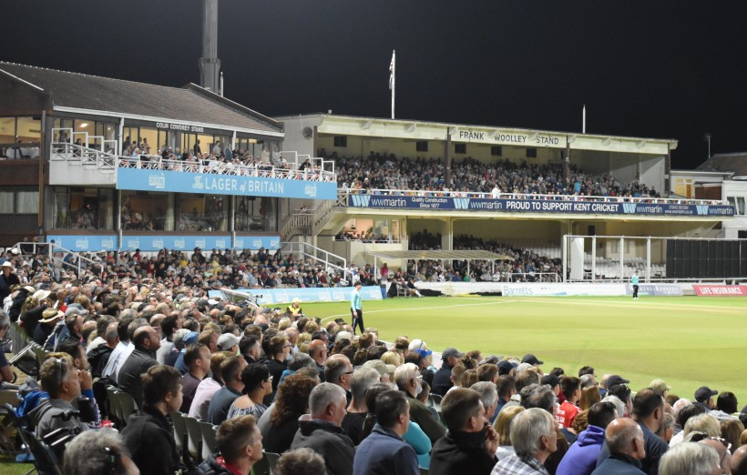 Frank Woolley Stand sold out for Gloucestershire