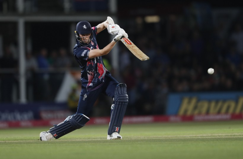 Enjoy Vitality Blast with our NEW Kent Spitfires at Home Match Day Pack – Including FREE Online Live Stream