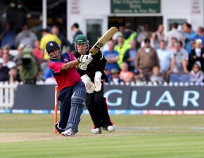 Spitfires Knocked Out of Friends Life t20